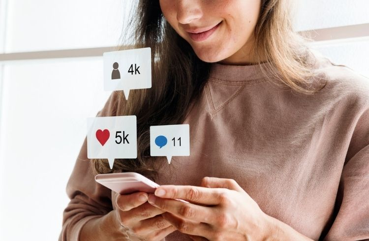 Customer Engaging with Social Media Marketing Post